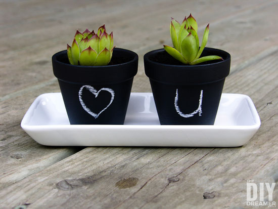 These super cute DIY Mini Chalk Pots make cute little gifts and they are really fun to make!