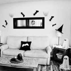 Halloween Decor - Bats, Pillow, Ghosts