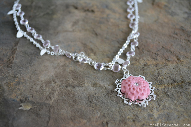 How to create a clay necklace