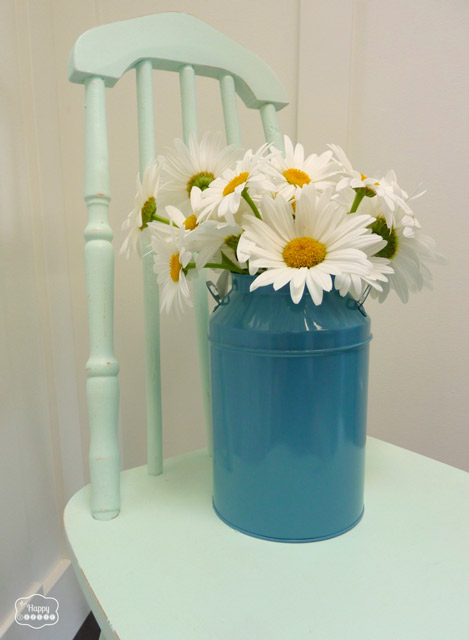 DIY Chalk-based Paint free mint chair entry at thehappyhousie
