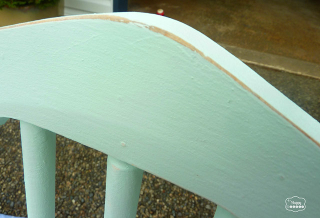 DIY Chalk-based Painted free chair painted mint distressed top at thehappyhousie