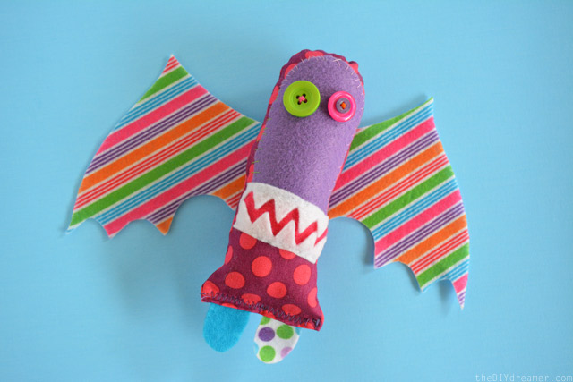 How to make a stuffed monster