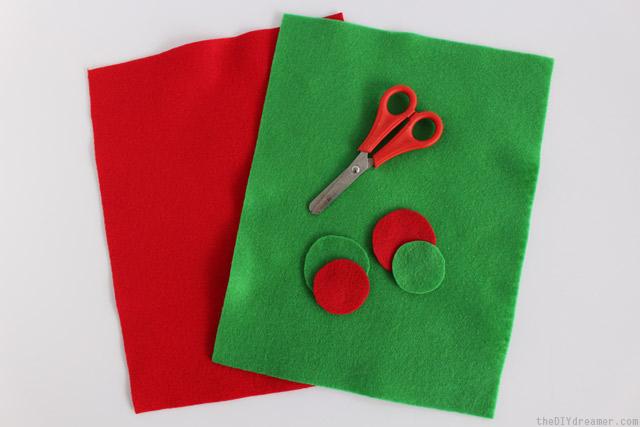 How to make Christmas bookmarks
