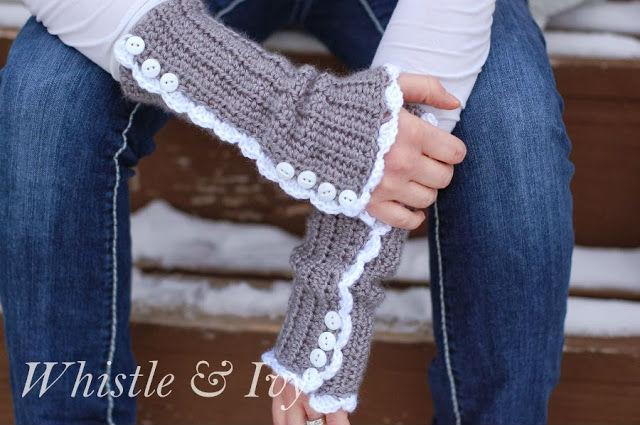 Vintage style arm warmers - Crochet Pattern