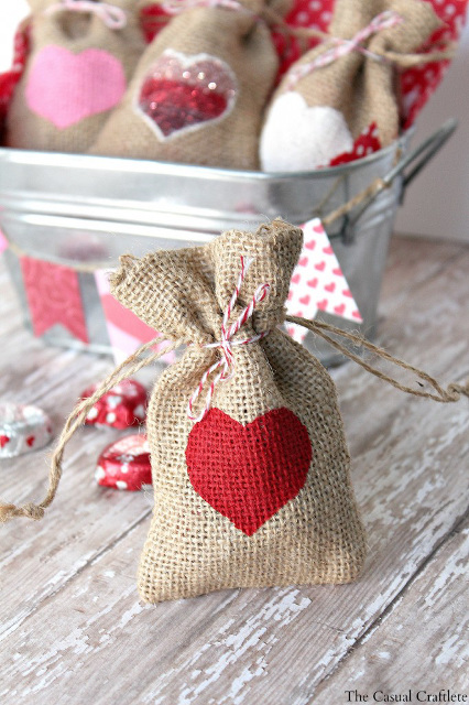 DIY Valentine Day Heart Gift Bags
