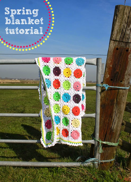 Flower in square crochet tutorial