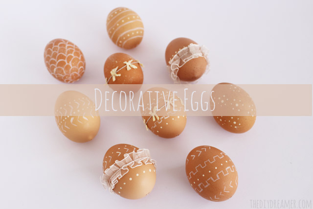 Decorative Eggs - Elegant Easter Eggs decorated with paint and ribbon - #Easter #EasterCrafts #EasterEggs