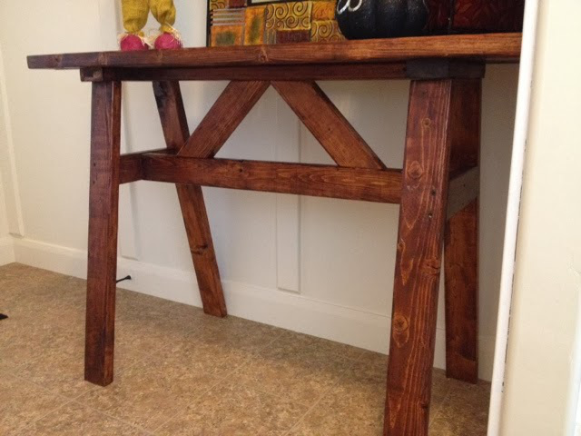 Inexpensive Entry Table or Sofa Table using 2x4's.