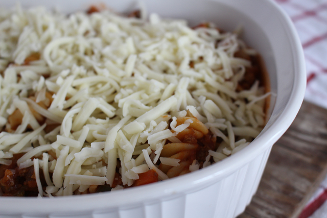 Spaghetti Sauce with Kraft Shredded Cheese with a Touch of Philadelphia - #MemorableMelts