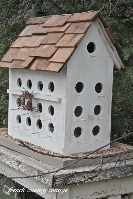 20 stunning bird houses a collection of beautiful for Different types of birdhouses