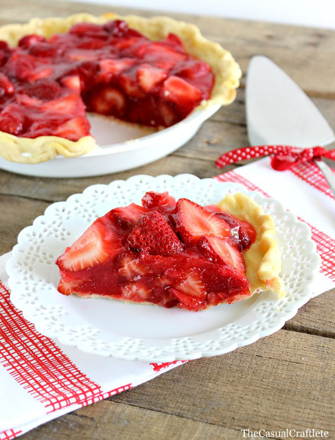 Classic Homemade Strawberry Pie!