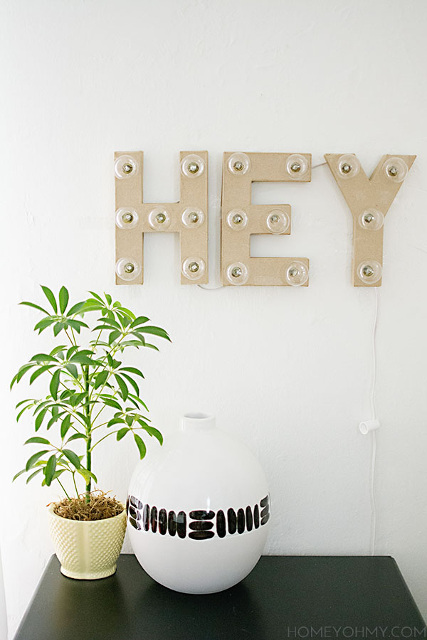 Gorgeous DIY Hey Marquee Sign!