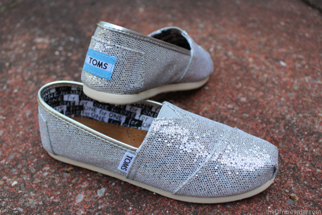TOMS Silver Glitters