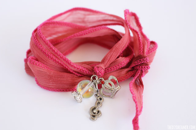 Silk Wrap Bracelets - Tutorial by Gabrielle (9 years old)
