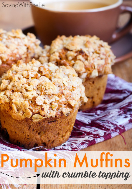 Pumpkin Muffins with Crumble Topping