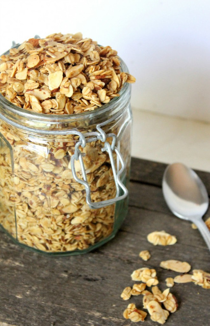 Vanilla Almond Granola Cereal