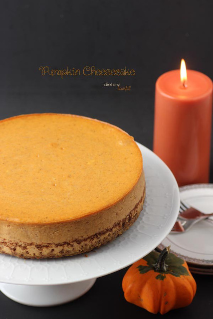 Oh so DELICIOUS and EASY Pumpkin Cheesecake