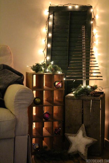 Decorative Twig Christmas Tree - EASY and FREE to make!! Rustic Christmas