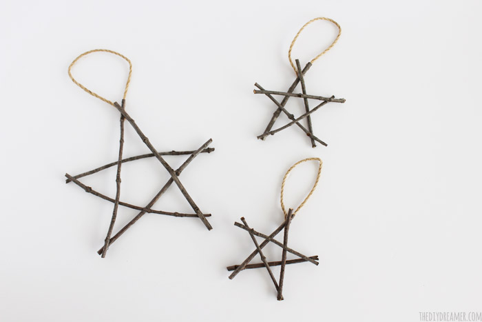 Rustic Twig Star Christmas Ornaments - So pretty!