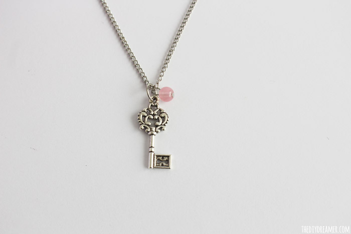Easy-Charm-Necklace