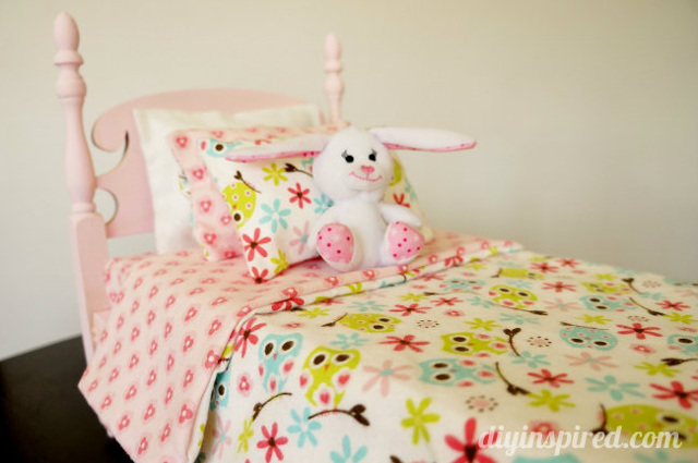 Thrift Store Doll Bed Makeover
