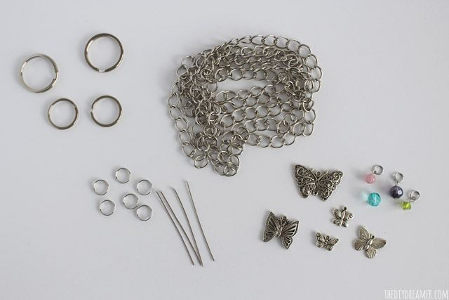 Supplies needed to make a keychain.