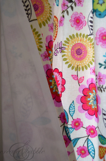 An Easy Way to Make Lined Curtains