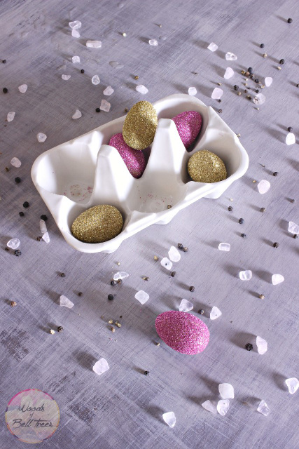 Wooden Glitter Eggs
