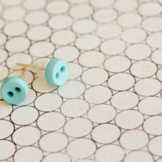 DIY Cute as a Button Earrings! Easy to make!