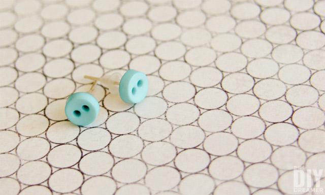 DIY Button Earrings. These earrings are cute as a button and so easy to make!
