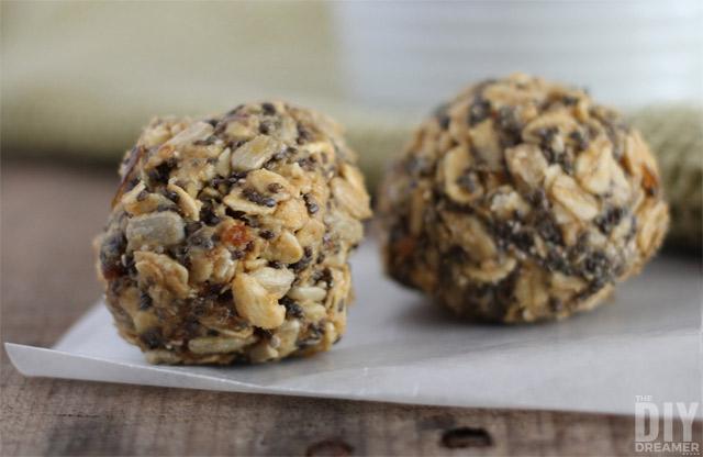 No Bake Peanut Butter Snack Bites recipe.