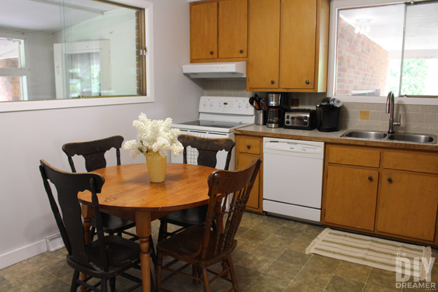 Kitchen Makeover - One step at a time! A kitchen makeover can be a big task that costs a lot. Give a kitchen a gradual new look by changing a few things at a time. Fresh paint, new faucet, etc.