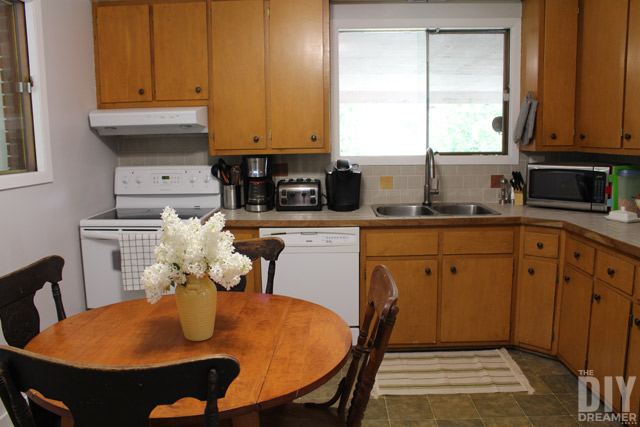 Kitchen makeover easy and affordable kitchen makeover update 80s laminate cabinets and change - Easy steps for a kitchen makeover ...