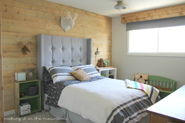 Rustic Boy's Bedroom. Such a wonderful bedroom transformation.