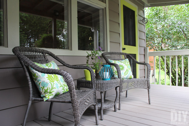 Add a Punch of Color to a Porch – DIY Screen Door