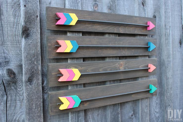 Simple Includes Make your own Arrow Wall Decor Fabulous DIY Wood Arrows Wall Art tutorial