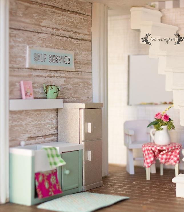 Vintage Dollhouse Remodel: Kitchen