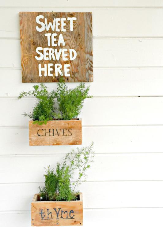 DIY Hanging Planter Boxes