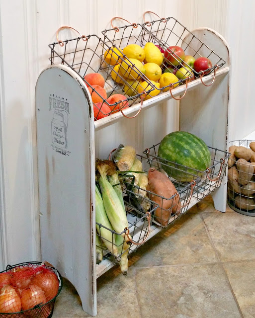 Farmhouse Vegetable Stand