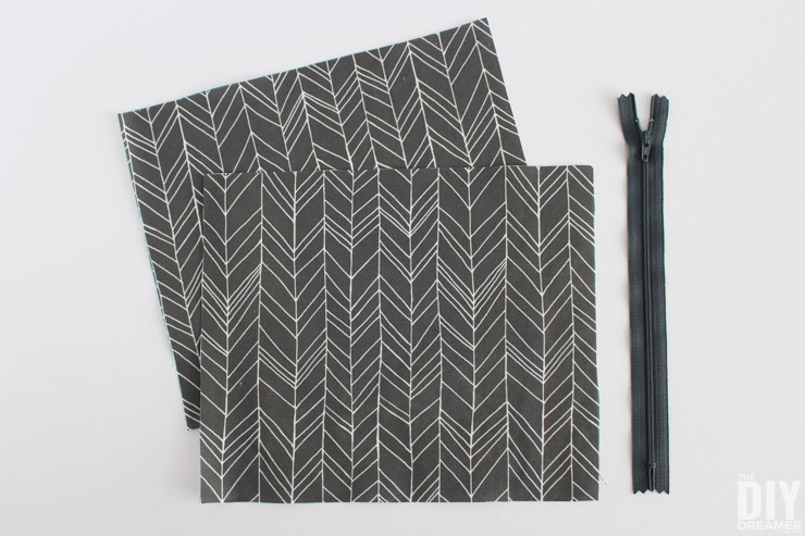 Canvas fabric and zipper to make a pouch