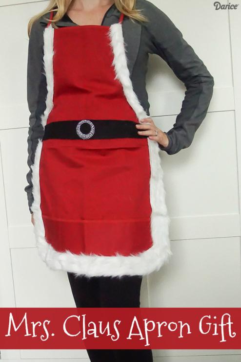 DIY Mrs. Santa Claus Apron