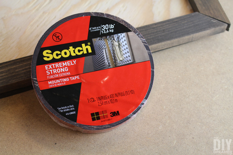 Roll of Scotch Extreme Mounting Tape