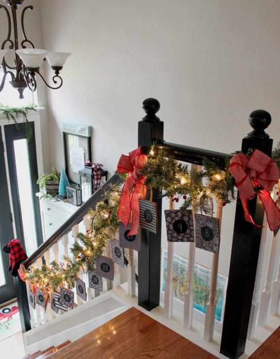 DIY Christmas Advent Calendar Garland