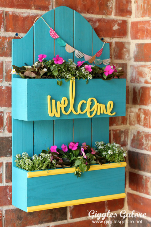 DIY Spring Planter Box. Spring-like Projects