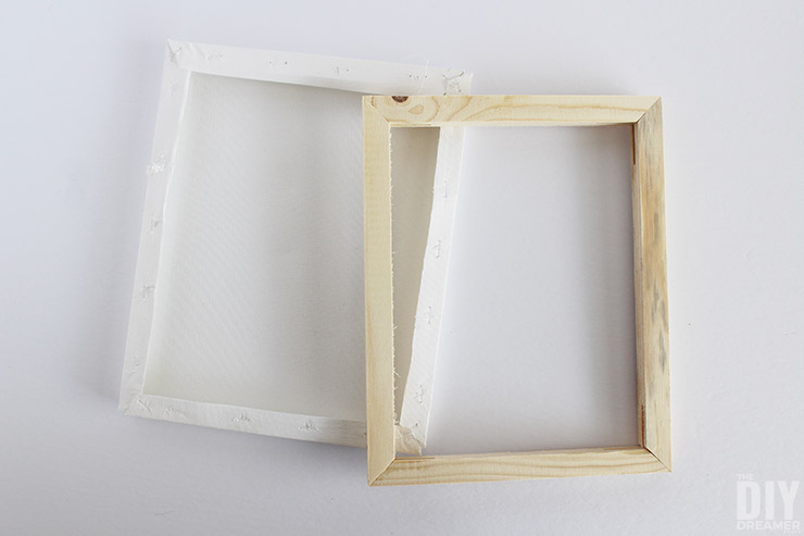 How to make DIY wood frames with canvas frames. Perfect for a gallery wall and even for a wedding photo booth!