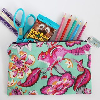 DIY Back to school sewing tutorial. Learn how to sew a pencil case.