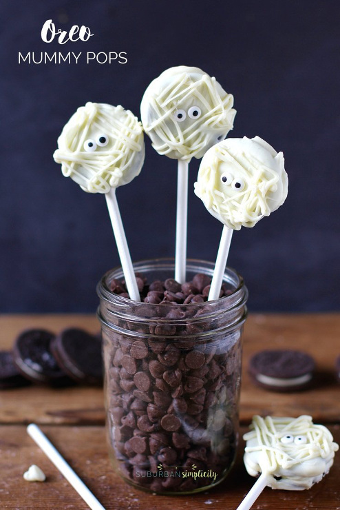 Easy Oreo Mummy Pops