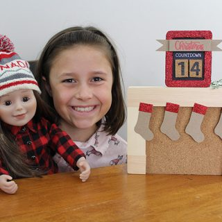 DIY Mini Christmas Countdown. This Christmas kids craft is a fun way for kids to count the days until Christmas. It's the perfect size for them to display on their dresser.
