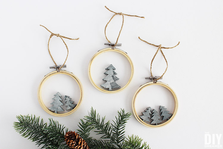 how to make concrete ornaments
