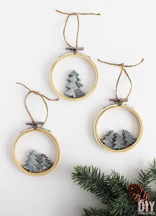 Quick and easy DIY Embroidery Hoop Faux Concrete Christmas Tree Ornaments. These ornaments couldn't be any easier to make! #christmas #embroideryhoop #christmasornaments